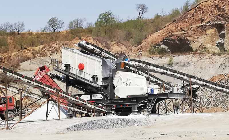 mobile stone crusher production site